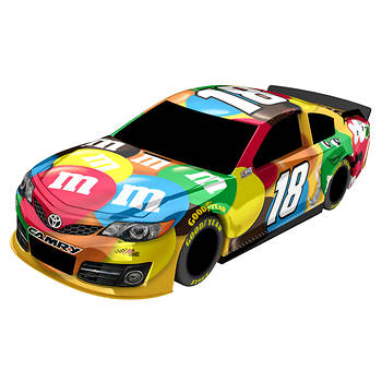 Lionel Racing NASCAR 1:18 Scale Kyle Busch #18 M&M 2014 Toyota Camry Racecar
