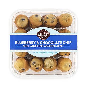 Wellsley Farms Mini Muffins, Blueberry and Chocolate Chip, 32 ct.