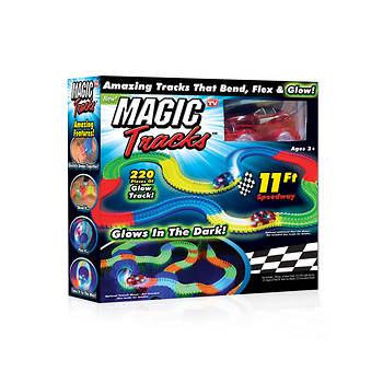 Magic Tracks Glow-in-the-Dark Race Track