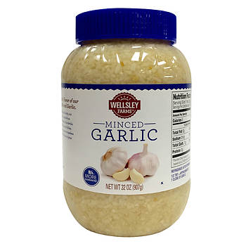 Wellsley Farms Minced Garlic, 32 oz.