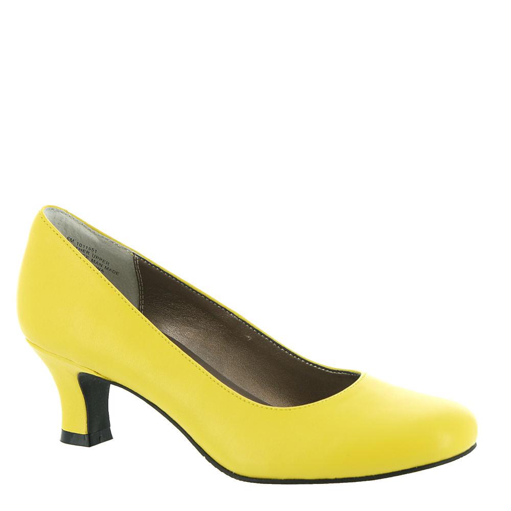 60s Shoes, Go Go Boots   1960s Shoes ARRAY FLATTER Womens Yellow Pump 9 M $79.95 AT vintagedancer.com