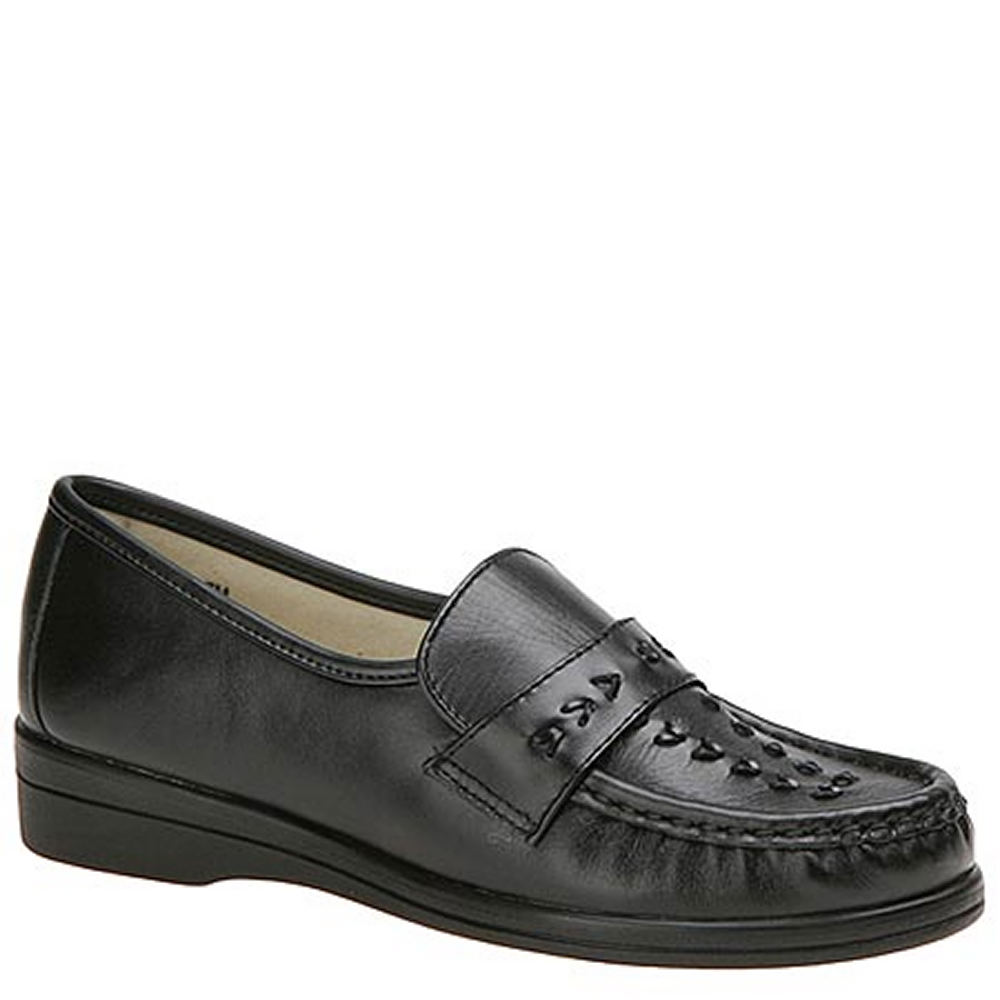 Retro Vintage Style Wide Shoes Softspots Womens Venus Lite Slip-On Black Slip On 6 A2 $79.95 AT vintagedancer.com