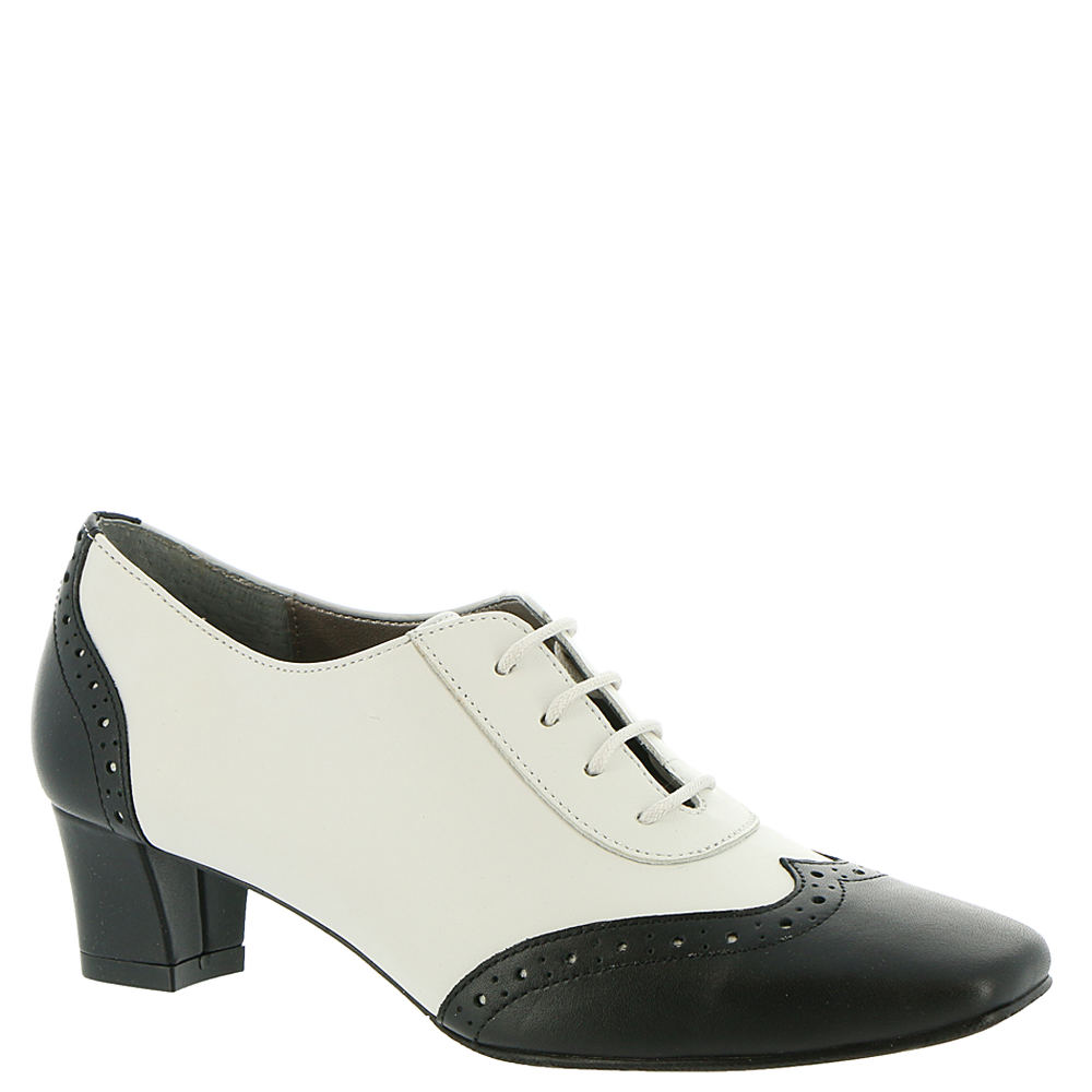 Pin Up Shoes- Heels, Pumps & Flats Auditions First Class Womens White Pump 9.5 W $89.95 AT vintagedancer.com