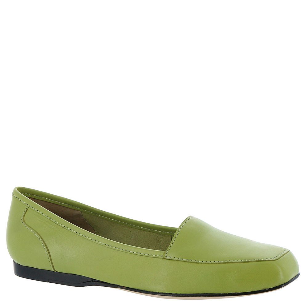 60s Shoes, Boots ARRAY Freedom Womens Green Slip On 10 S2 $79.95 AT vintagedancer.com