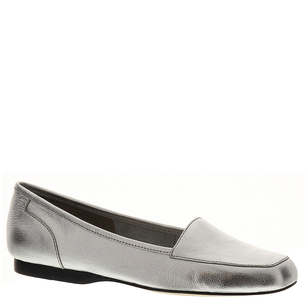 Retro Vintage Flats and Low Heel Shoes ARRAY Freedom Womens Silver Slip On 10 S2 $79.95 AT vintagedancer.com