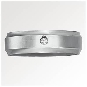 7mm Titanium/Diamond Ring