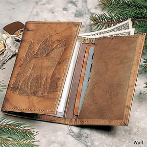Wildlife Wallet - Wolf