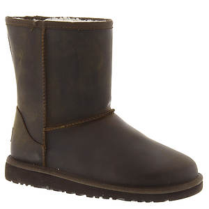 UGG® Classic Short Leather (Kids Toddler-Youth)