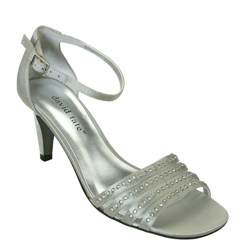 70s Clothes | Hippie Clothes & Outfits David Tate Terra Womens Silver Sandal 7.5 M $64.99 AT vintagedancer.com