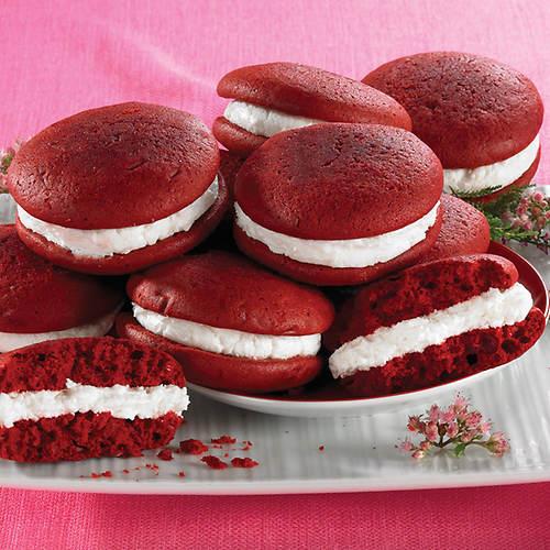 Red Velvet Whoopie Pie