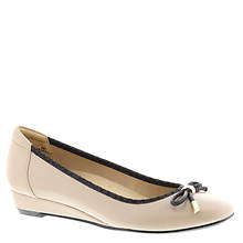 Naturalizer Dove (Women's)