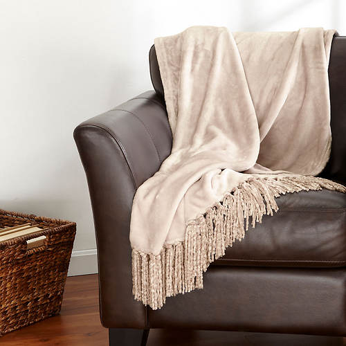 Danya Fringe Throw