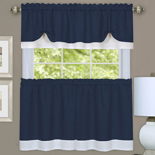 Darcy Tier and Valance Set