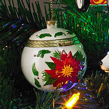 Porcelain Secret Hinged Ornaments-Poinsettia