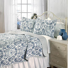 Martinique Quilt Set