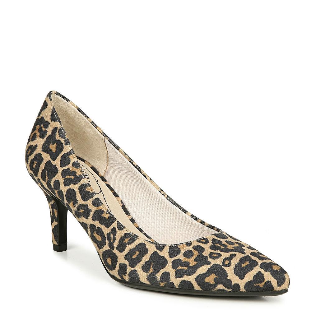 60s Shoes, Go Go Boots Life Stride Sevyn Womens Black Pump 8.5 W $59.95 AT vintagedancer.com