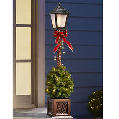 Lighted Lamp Post With Pre-Lit Topiary