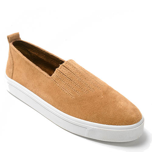 Minnetonka Gabi Slip-On (Women's)