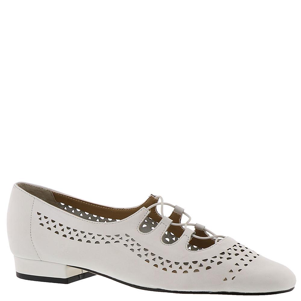 1950s Shoe Styles: Heels, Flats, Sandals, Saddle Shoes Van Eli Fabra Womens White Pump 5.5 M $54.99 AT vintagedancer.com
