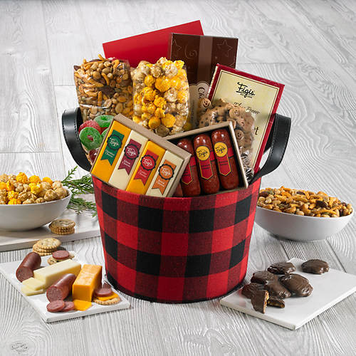 Northwoods Favorites Treat Tote
