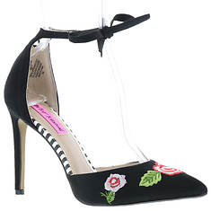 Betsey Johnson Abbie (Women's)