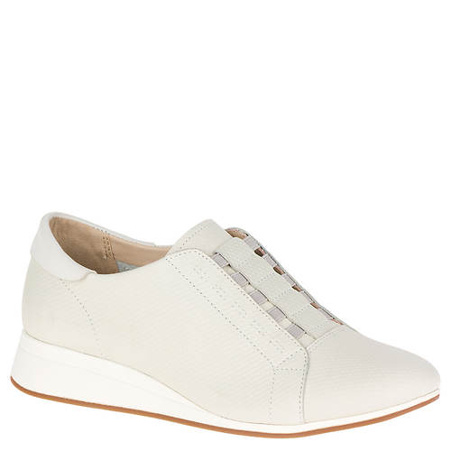 Hush Puppies Evaro Slip-On Oxford (Women's)
