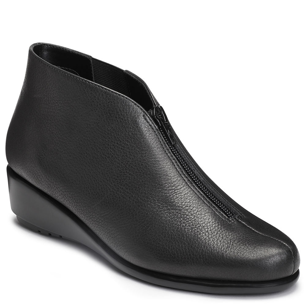 Vintage Boots, Granny Boots, Retro Boots Aerosoles Allowance Womens Black Boot 8 W $99.95 AT vintagedancer.com