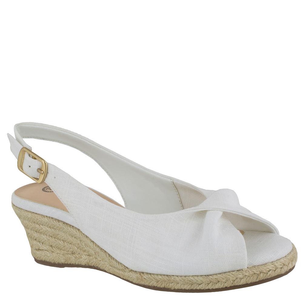 1940s Style Shoes, 40s Shoes Bella Vita Sylvie II Womens White Sandal 6 N $79.95 AT vintagedancer.com