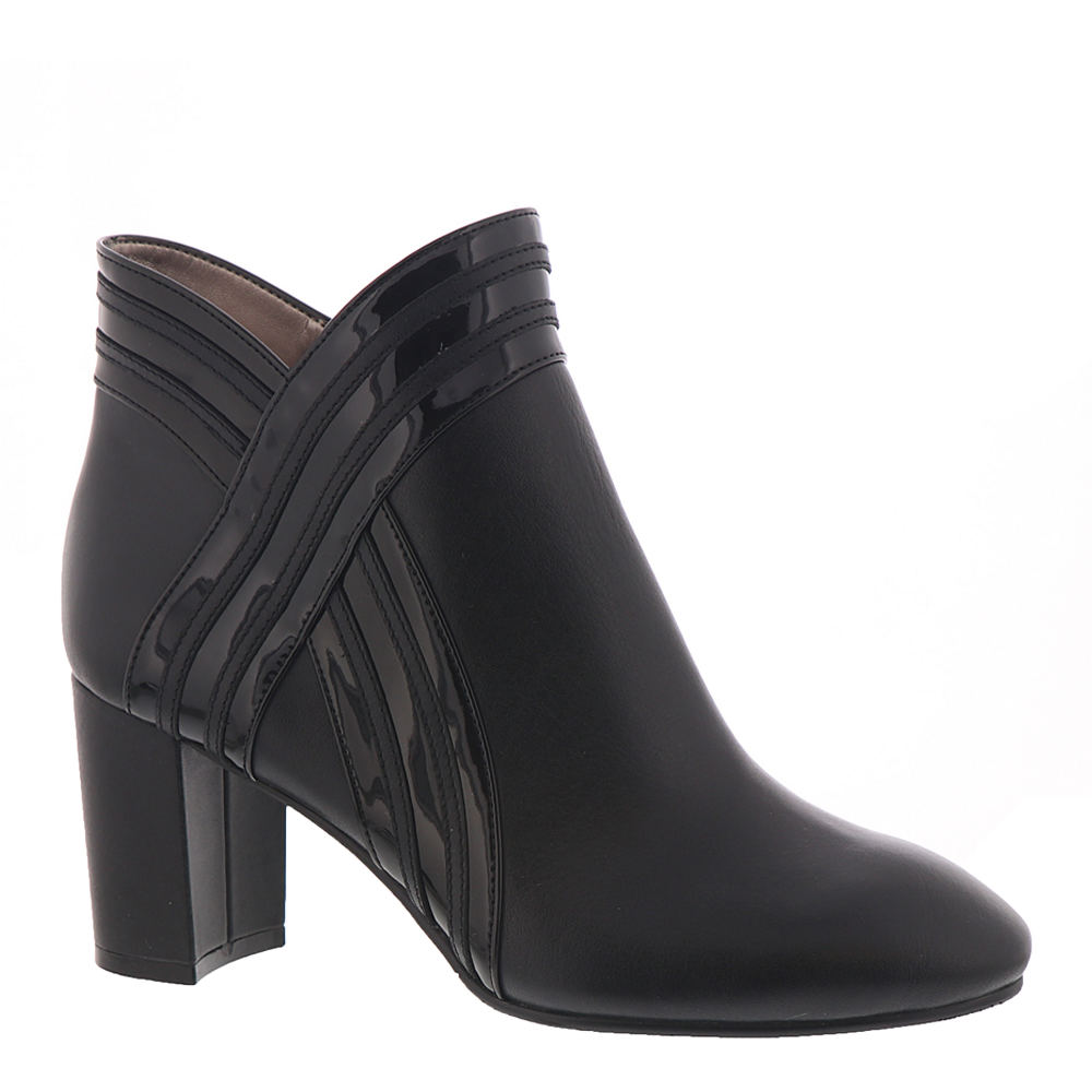 70s Shoes, Platforms, Boots, Heels | 1970s Shoes ARRAY Eden Womens Black Boot 6 W $49.99 AT vintagedancer.com