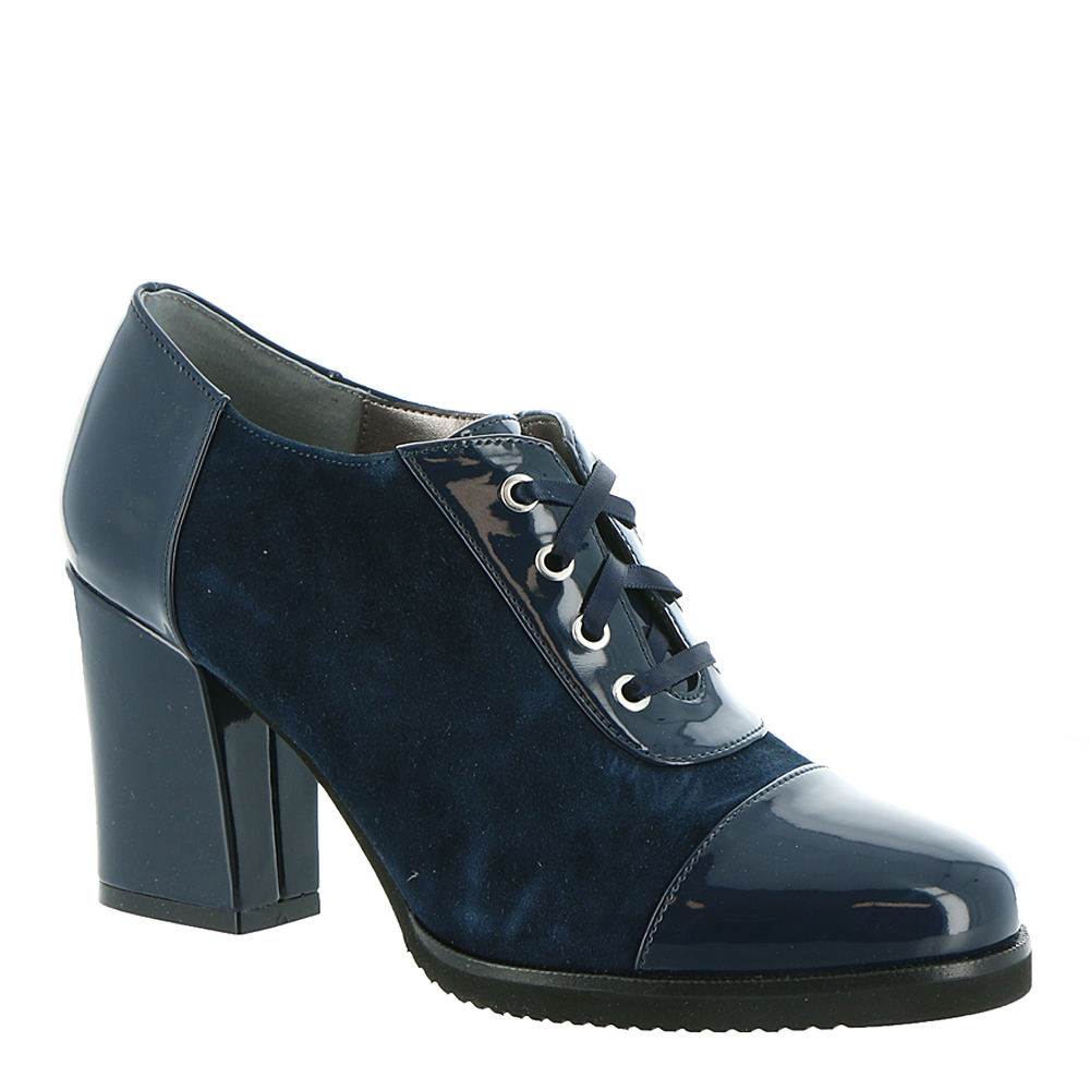 70s Shoes, Platforms, Boots, Heels | 1970s Shoes ARRAY Jade Womens Navy Oxford 10 W $39.99 AT vintagedancer.com