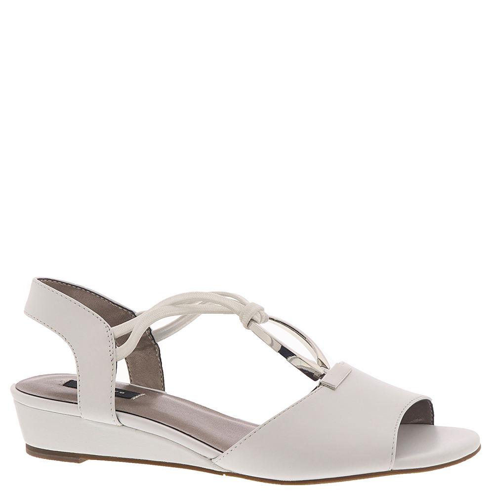 Vintage Shoes, Vintage Style Shoes ARRAY Alexa Womens White Sandal 10 N $59.99 AT vintagedancer.com