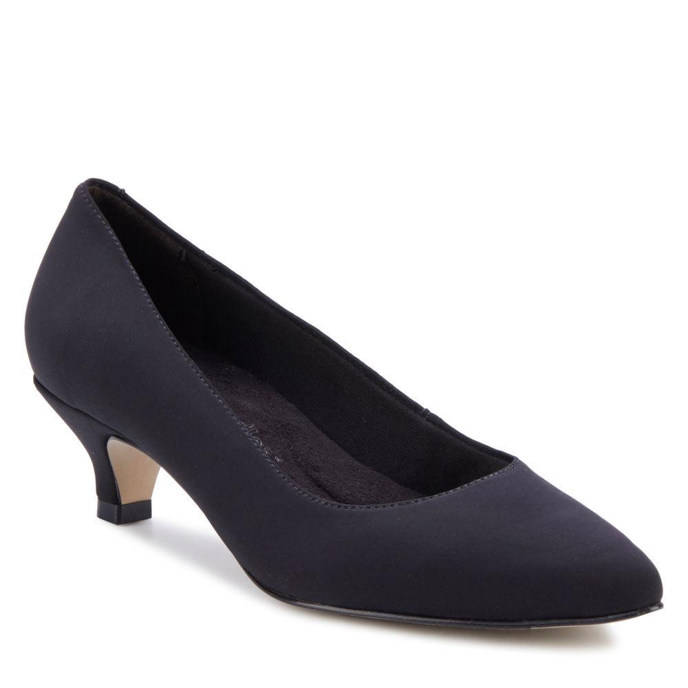 1940s Style Shoes, 40s Shoes Walking Cradles Bobbi Womens Black Slip On 9.5 N $114.95 AT vintagedancer.com