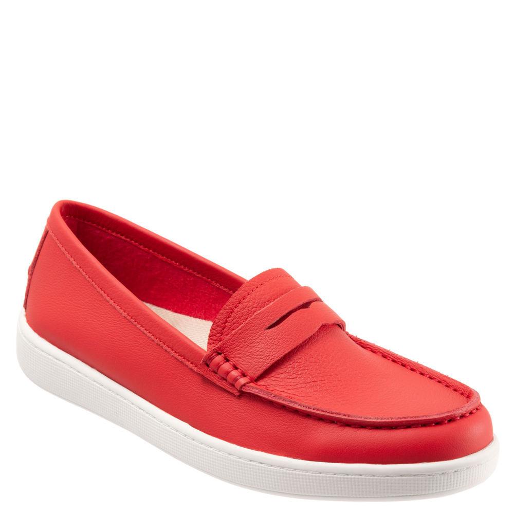 1940s Style Shoes, 40s Shoes Trotters Dina Womens Red Slip On 12 W $114.95 AT vintagedancer.com