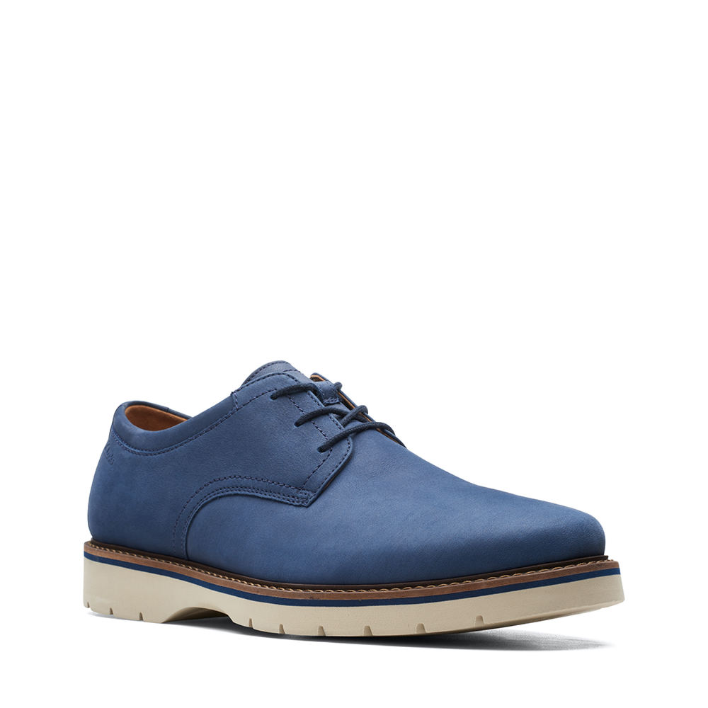Men's 1950s Shoes Styles- Classics to Saddles to Rockabilly Clarks Bayhill Plain Mens Blue Oxford 8.5 M $99.95 AT vintagedancer.com