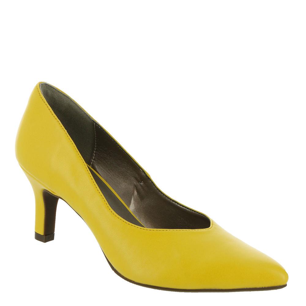 70s Shoes, Platforms, Boots, Heels | 1970s Shoes ARRAY Brianne Womens Yellow Pump 11 M $59.95 AT vintagedancer.com
