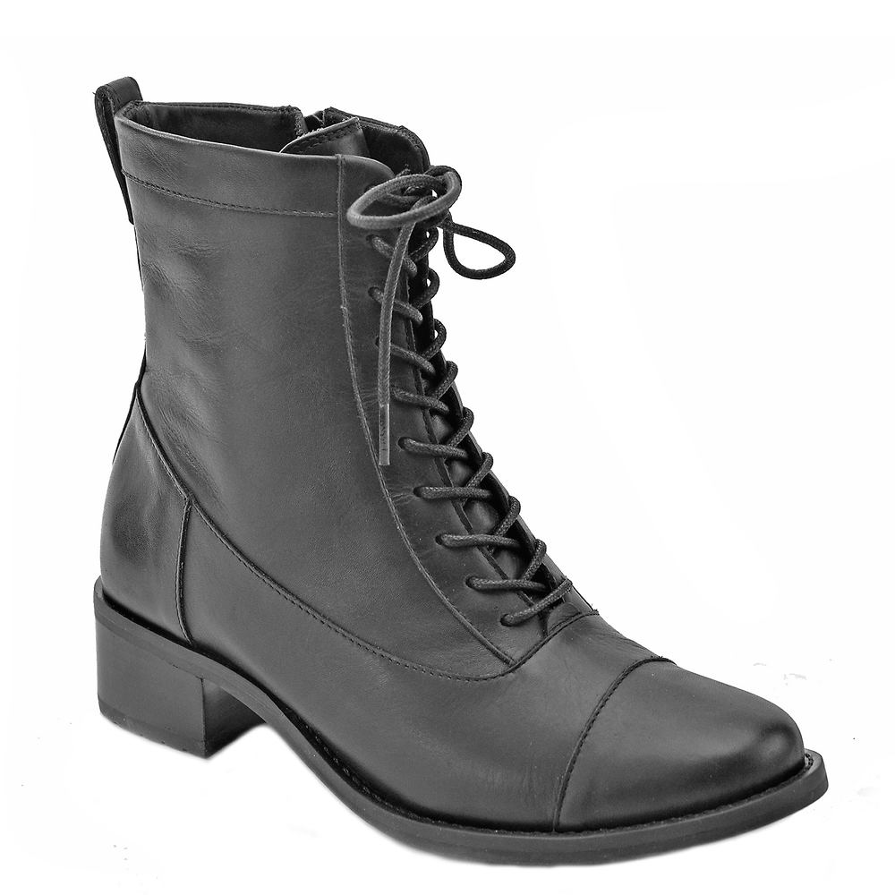 History of Victorian Boots & Shoes for Women David Tate Explorer Womens Black Boot 8 N $149.95 AT vintagedancer.com