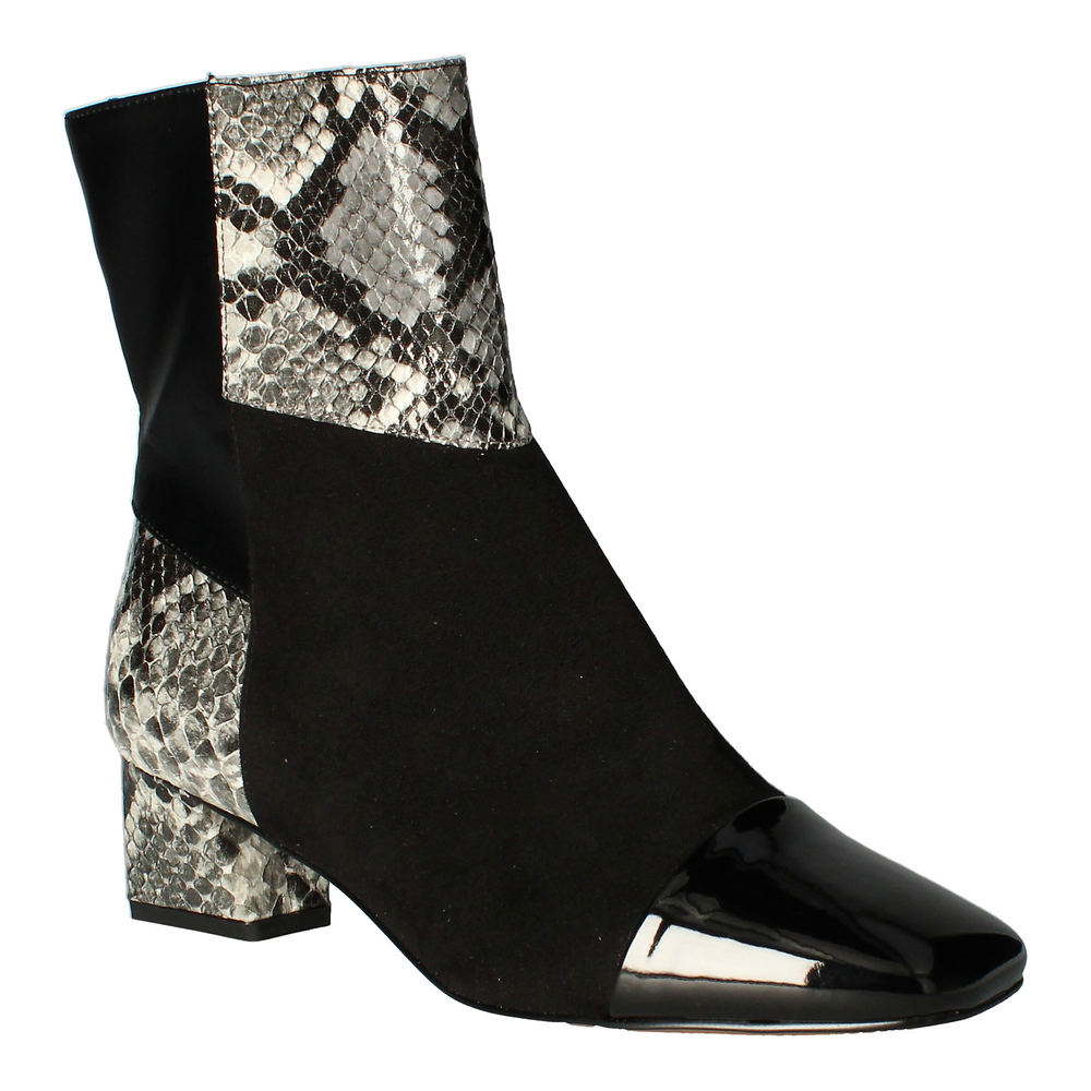 70s Shoes, Platforms, Boots, Heels | 1970s Shoes J. Renee Mavati Womens Black Boot 12 W $119.95 AT vintagedancer.com