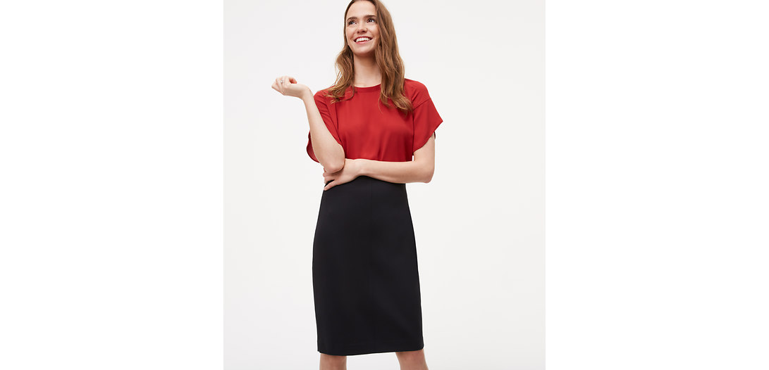 LOFT Petite Pull On Pencil Skirt