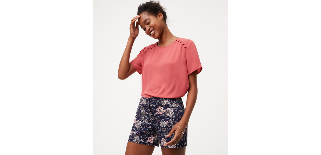 LOFT Etched Floral Riviera Shorts with 4