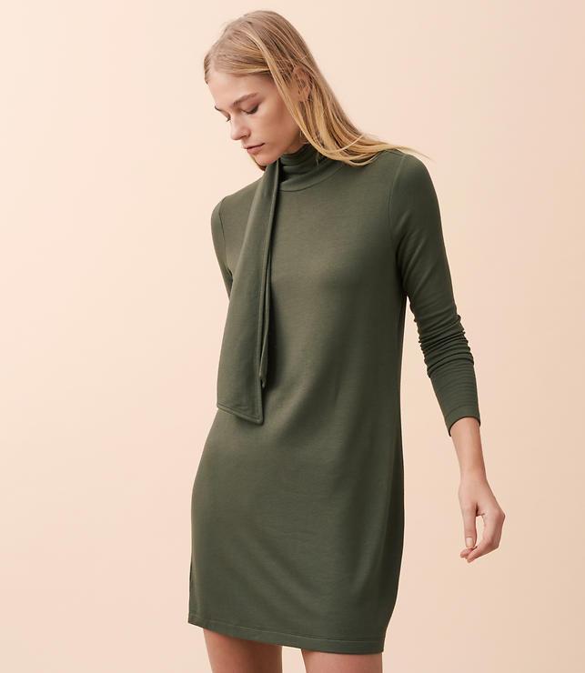 Lou & Grey Signaturesoft Turtleneck Scarf Dress