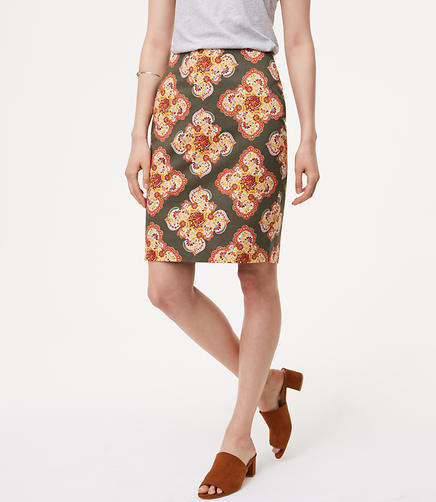 Image of Curvy Floral Medallion Pencil Skirt