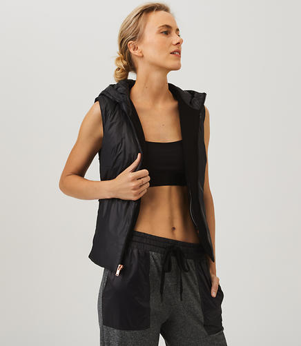 Lou & Grey FORM Puffer Vest - Anytime