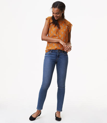 Image of Curvy Skinny Jeans in Classic Mid Indigo Wash