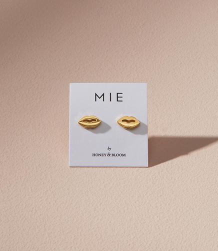 MIE by Honey & Bloom Lush Lips Stud Earrings