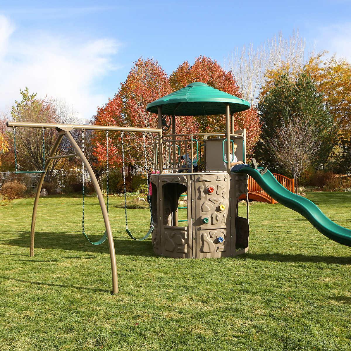 Lifetime adventure tower play set
