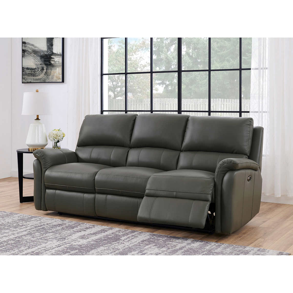 Stanley Traditional Top Grain Leather Dual Power Sofa