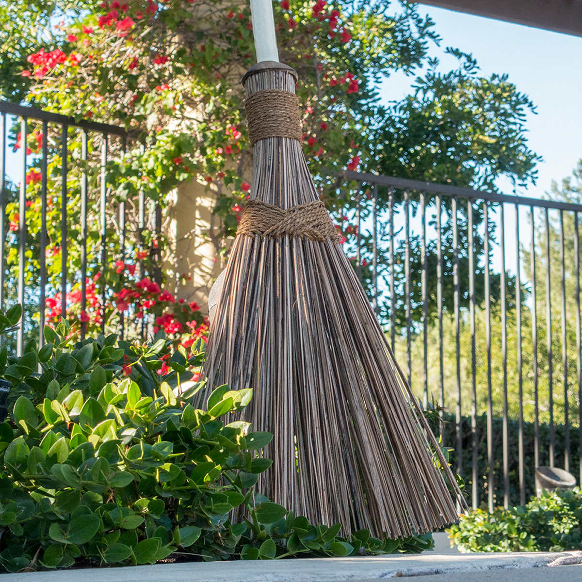 Beautiful flower gardens of the world decorating clear - Ultimate Garden Broom
