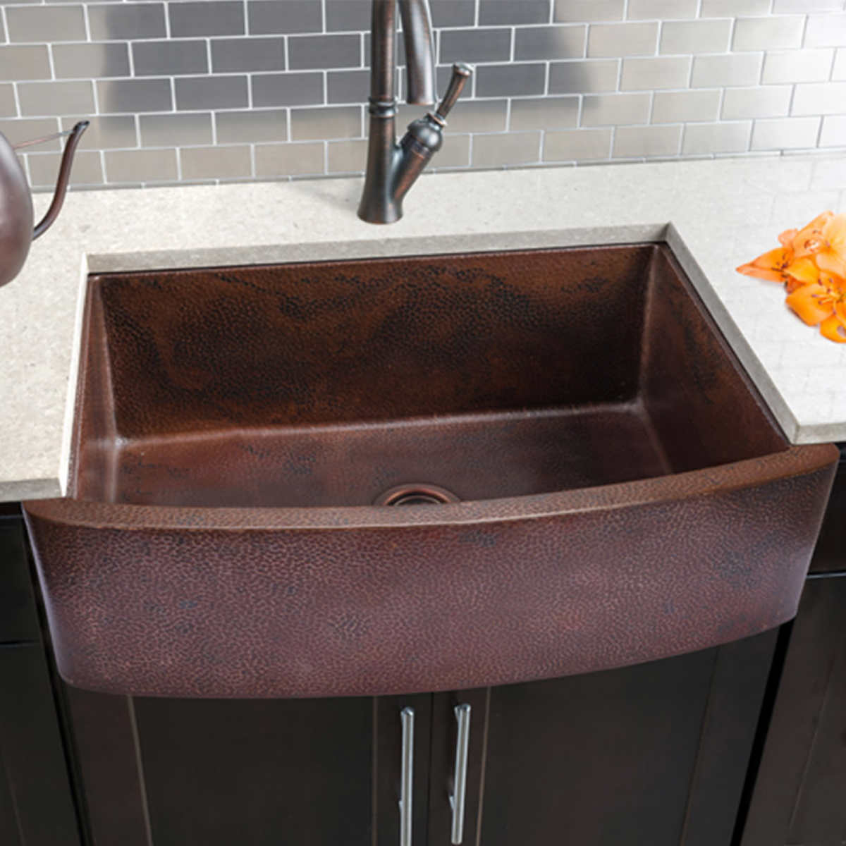 hahn copper curved front single bowl farmhouse sink - Kitchen Sinks Pictures