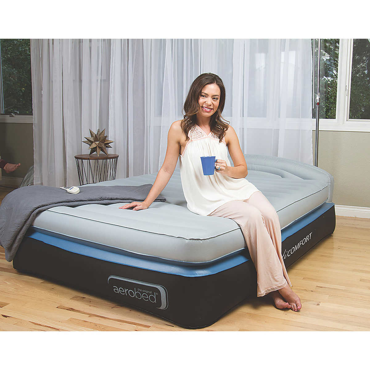 Camping bed costco - Aerobed Opti Comfort Queen Air Mattress With Headboard