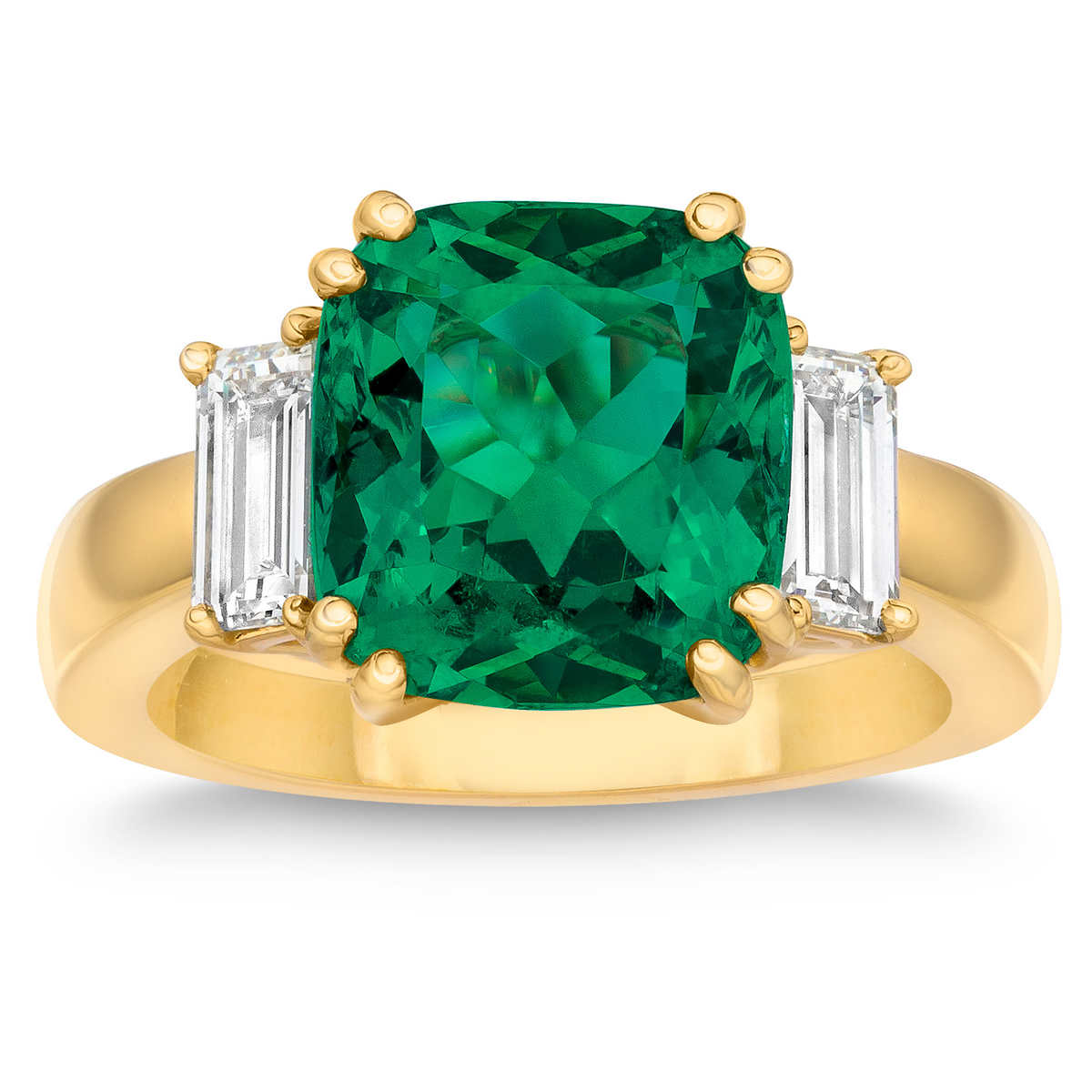 0a732743345e04 Cushion Cut Emerald Diamond 18kt Yellow Gold Ring